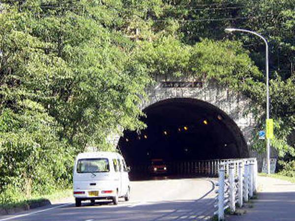 岩手県 心霊スポット 小山田トンネル