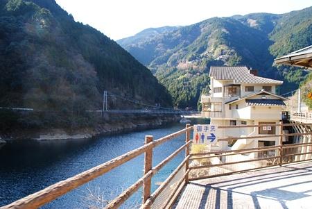 愛媛県 竜の川橋 心霊スポット 恐怖体験談
