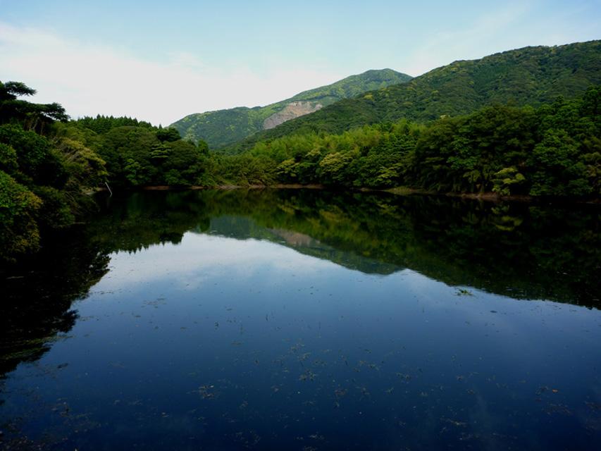 鹿児島県 花牟礼(はなむれ)池
