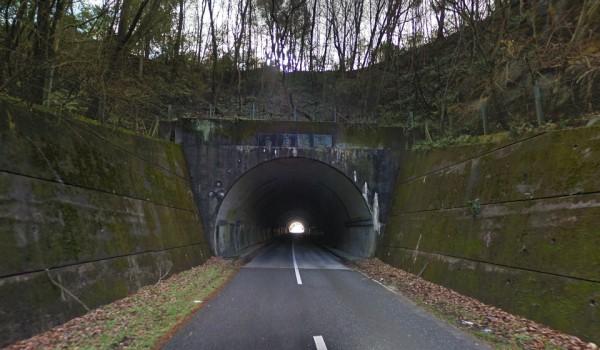 岡山県 心霊スポット カラストンネル(烏泊トンネル)
